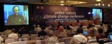 Kokouksessa seurattiin IPCC:n puheenjohtajan puhetta Nobelin rauhanpalkinnon juhlaseremoniasta Oslosta